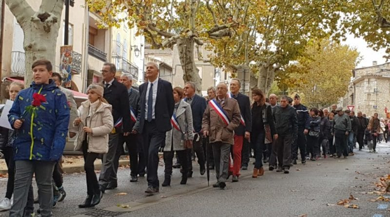 Défilé du Cortège du 11 Novembre 2018 à Montfrin