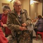 Un colis de Noël pour plus de 470 Aramonais