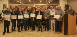 La dizaine d'agents récompensées avec la médaille du travail - Aramon