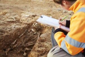 Mauguio Lallemand Relevé sépulture (c) Yannick Brossard, Inrap