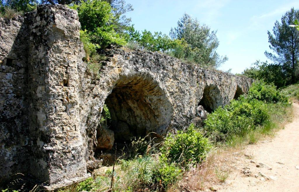 Balade thématique : les vestiges de l'aqueduc