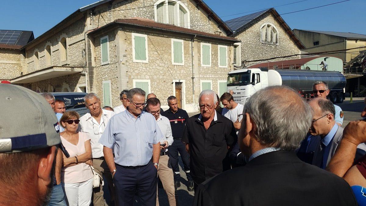 Visite du Préfet du Gard à Montfrin suite à l'incendie ©Radio RG30