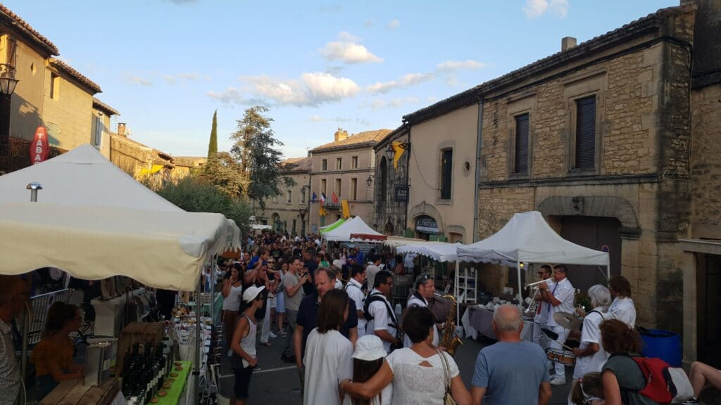 Après le tour, le Marché Nocturne 2019 à Castillon du Gard