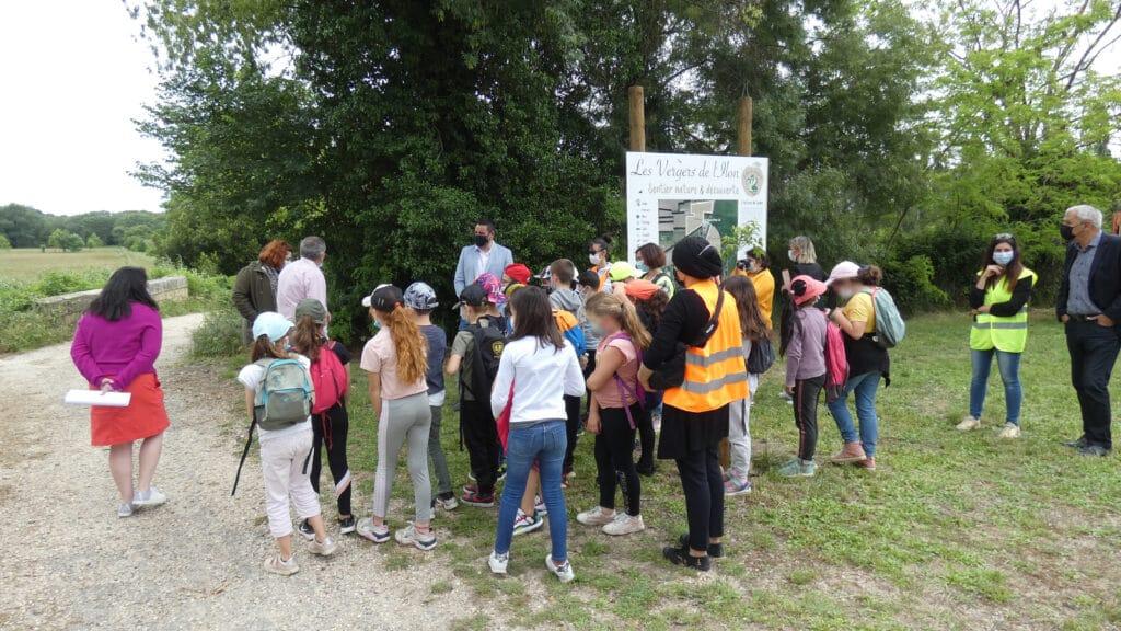 Création d'un verger pédagogique en biodiversité à Meynes
